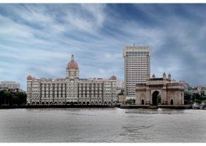 Gateway of India with Taj Mahal Hotel in the background, Mumbai, Western India
